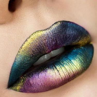 Pigmentul cosmetic poate inlocui rujul